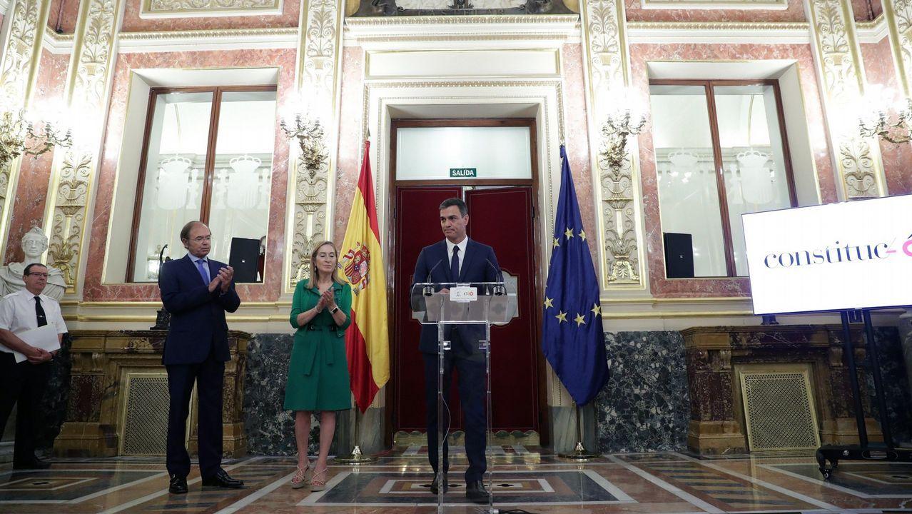Elfotocol de famosos en los100 días de Pedro Sánchez