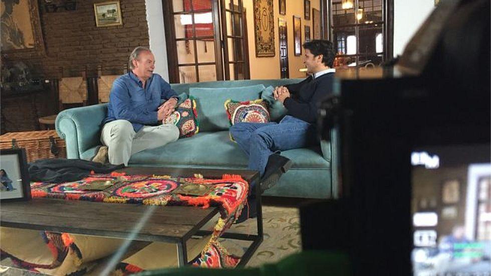 Bertín Osborne reconoce su empresa en Panamá pero insiste en que es totalmente legal.Bertín Osborne junto a su primer invitado en Telecinco, Fran Rivera.