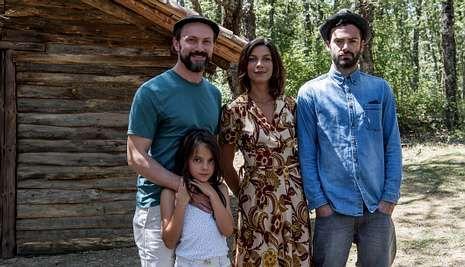 .El drama futurista de «Refugiados» se centra en la historia de la familia Cruz.