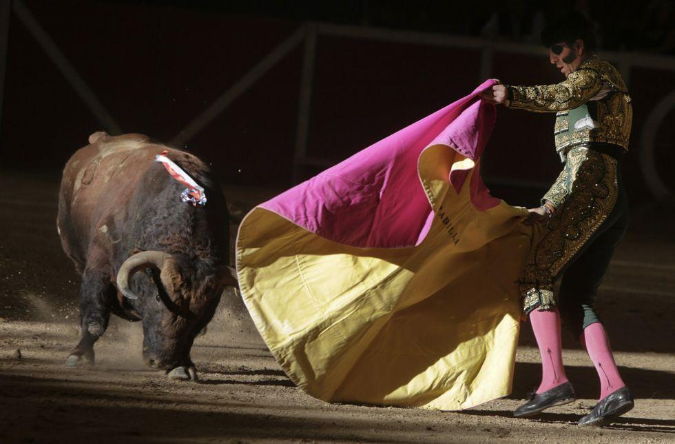 Traslado de Francisco Rivera a la Clínica Quirón de Zaragoza.Lourdes Montes, esposa del torero, visitando este jueves a su marido en el hospital