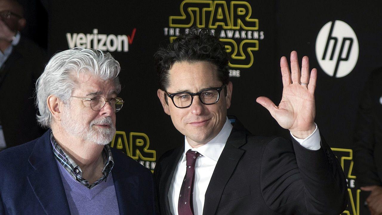 .George Lucas y J. J. Abrams en el preestreno del episodio VII de «Star Wars»