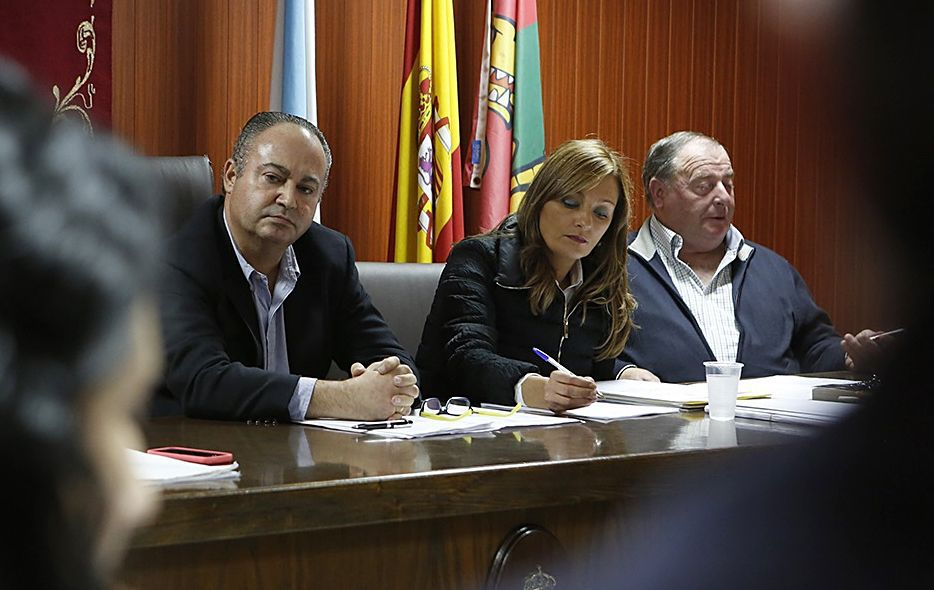 .La portavoz socialista criticó la falta de gestión política del gobierno de Ramón Vigo.