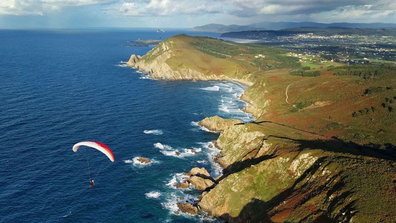 .Vista aérea de la costa de Narón y Valdoviño
