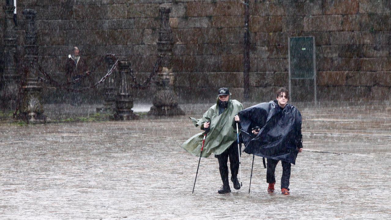 .Temporal de lluvia y viento en Santiago