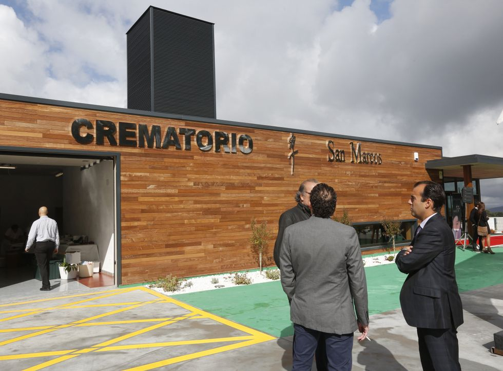 El 17 de septiembre se inauguró en A Reigosa el primer crematorio de la comarca.