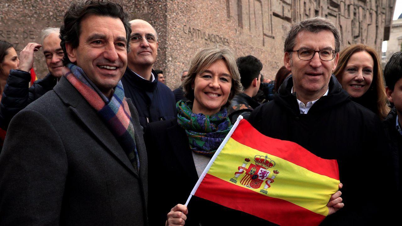 El presidente de la Xunta, Alberto Núñez Feijoo, adelantó su regreso de Estados Unidos para asistir a la concentración