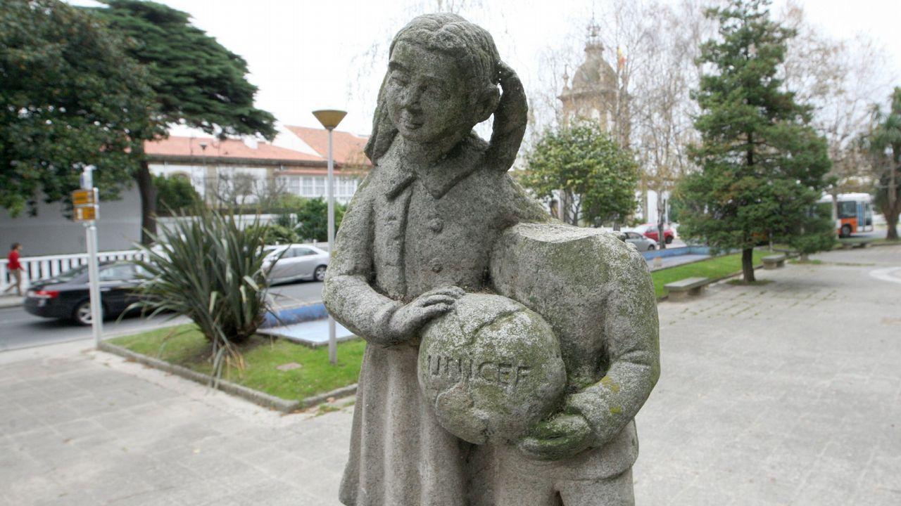 Una vez restaurado, el Concello prevé reponer el Monumento al Niño en el Cantón, de donde fue retirado hace cinco años