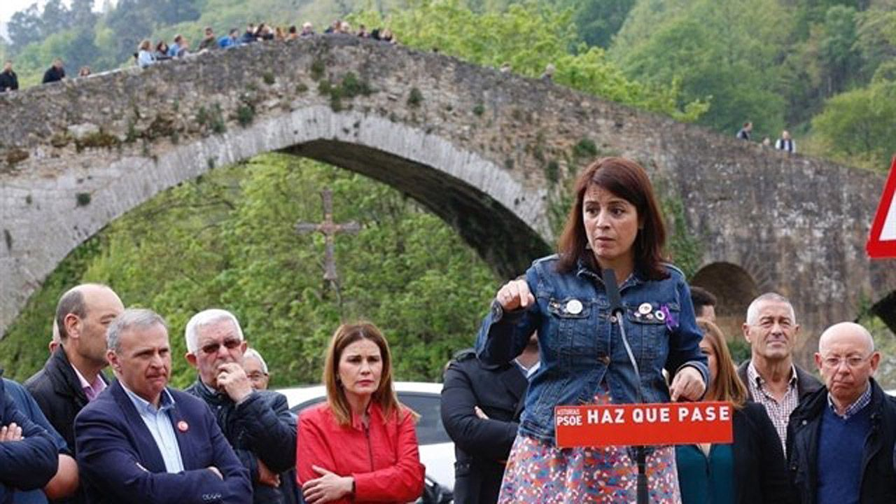 La cabeza de lista del PSOE al Congreso de los diputados, Adriana Lastra