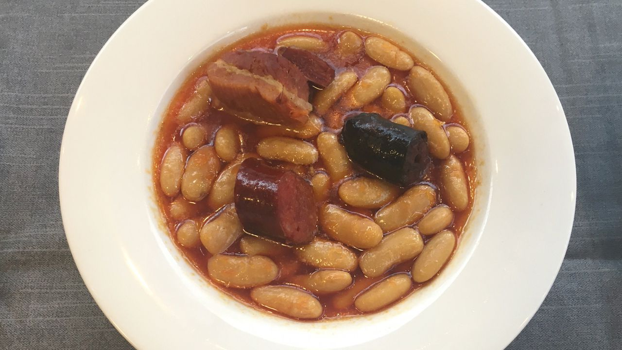 Nacho Manzano, en la cocina del Ibérica.La mejor fabada del mundo 2018 es la del restaurante Gaucho Fierro