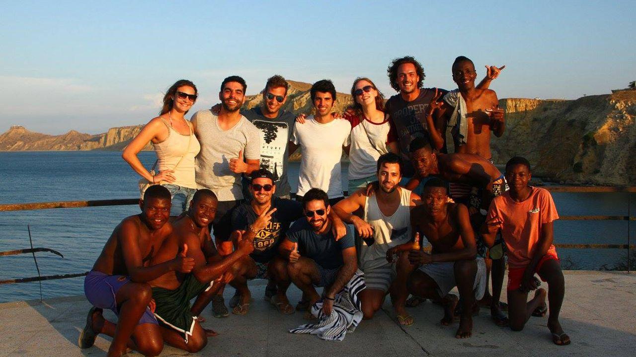 Foto de grupo en el viaje a la localidad angoleña de Benguela
