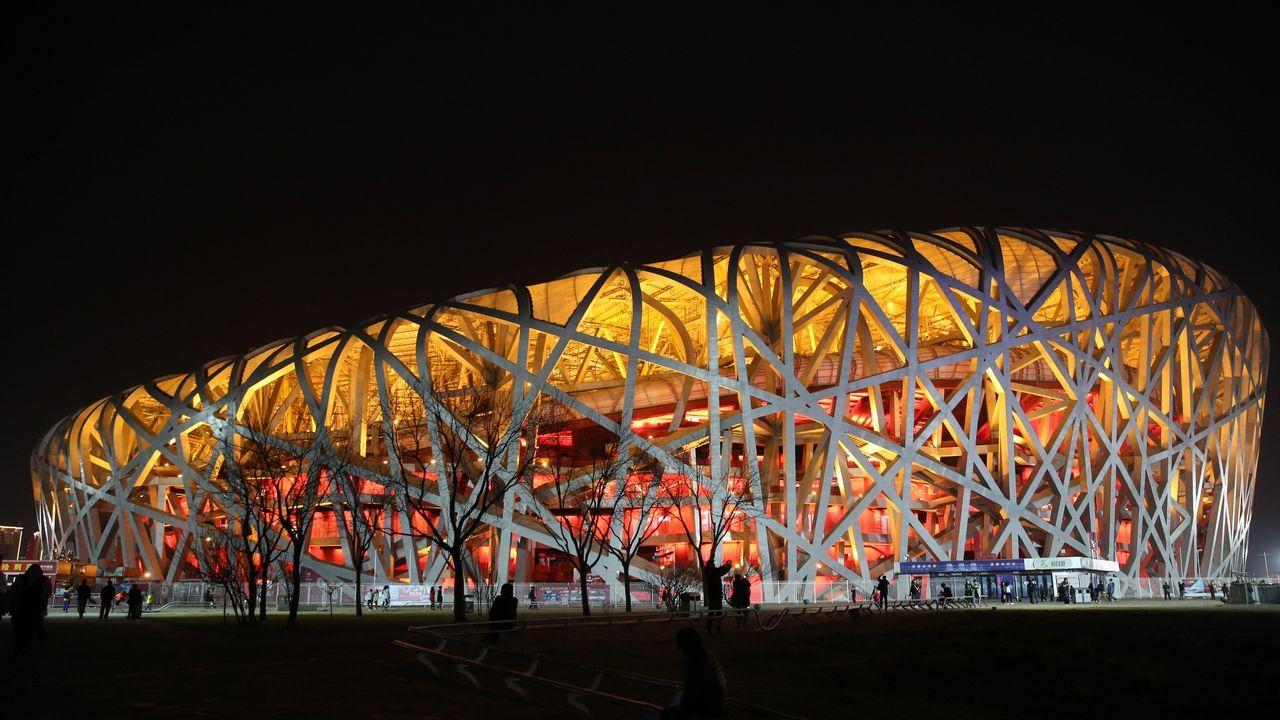 El Estadio Nacional de Pekín antes del apagado de las luces
