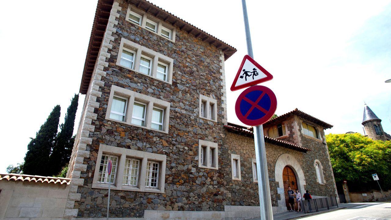Fachada de la Escuela Canigó de Barcelona, donde estudiaban las jóvenes
