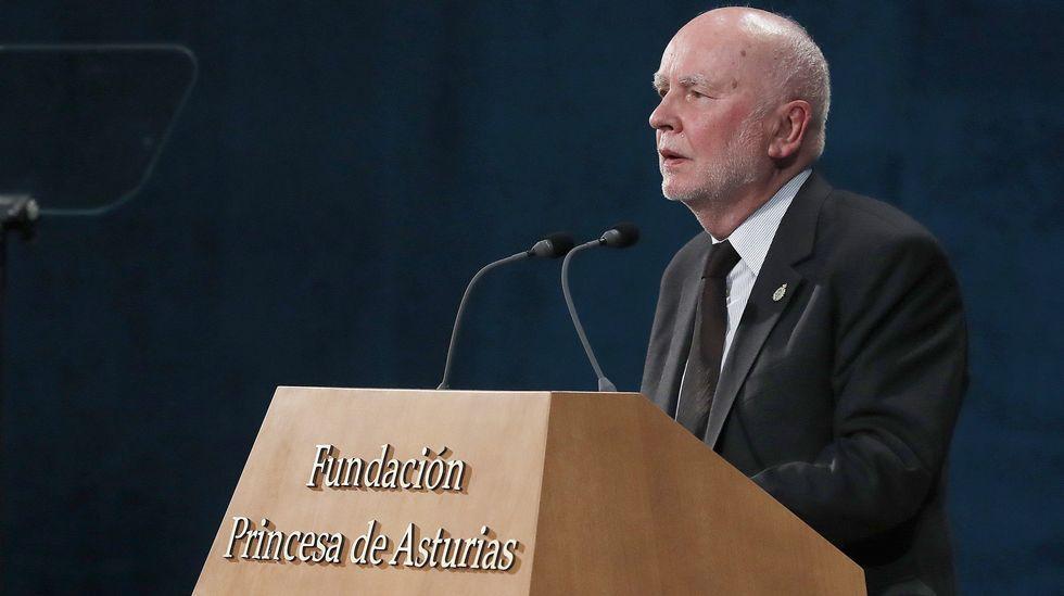 .El premio Príncipe de Asturias 2017 de las Letras, Adam Zagajewski, durante su intervención en la ceremonia de entrega de los premios Princesa de Asturias 2017