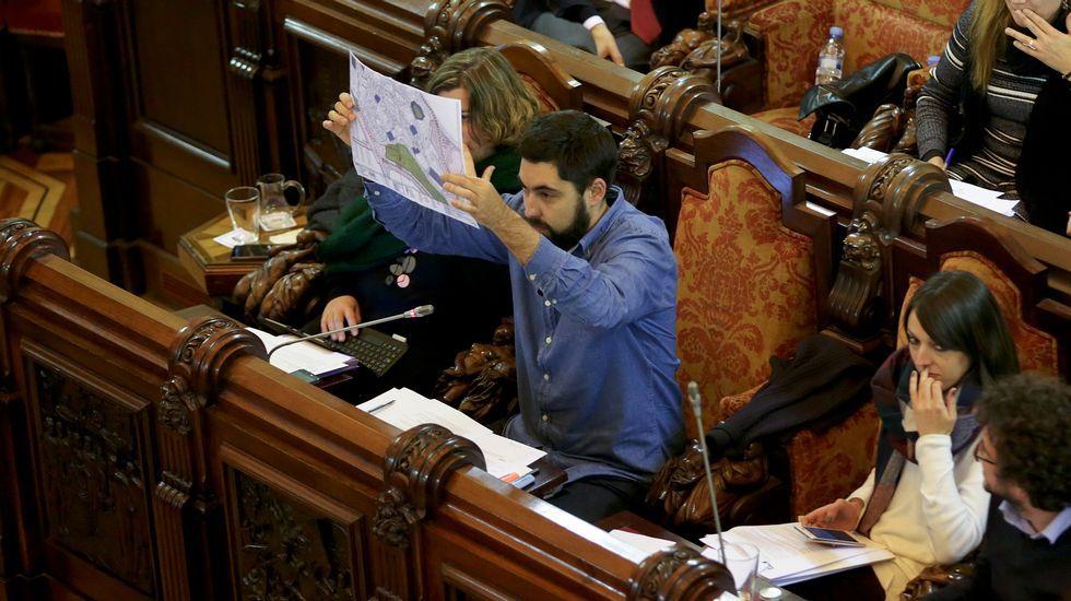 Xiao Varela en el pleno municipal