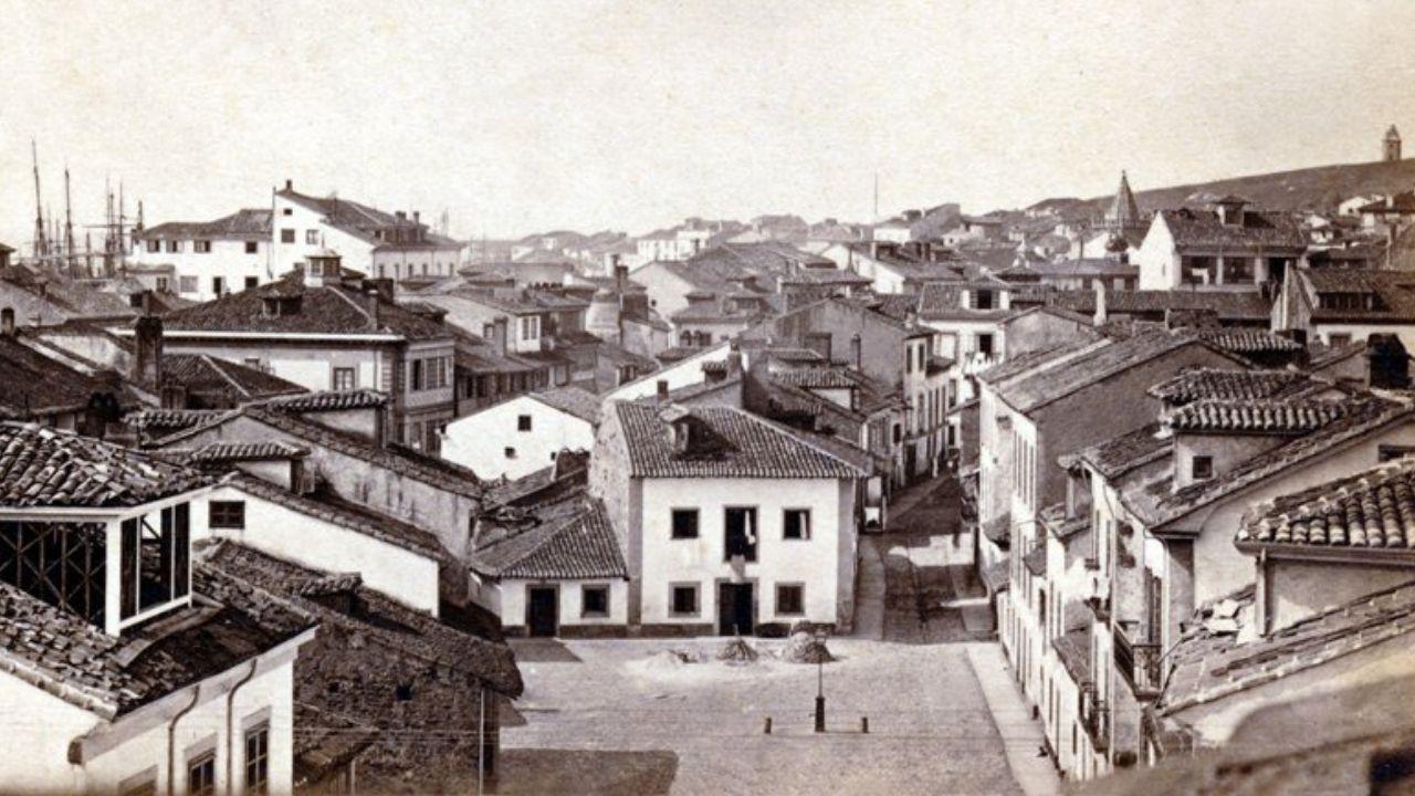 XINERU. Vista de Gijón, hacia 1870. Es la fotografía más antigua que existe de Gijón