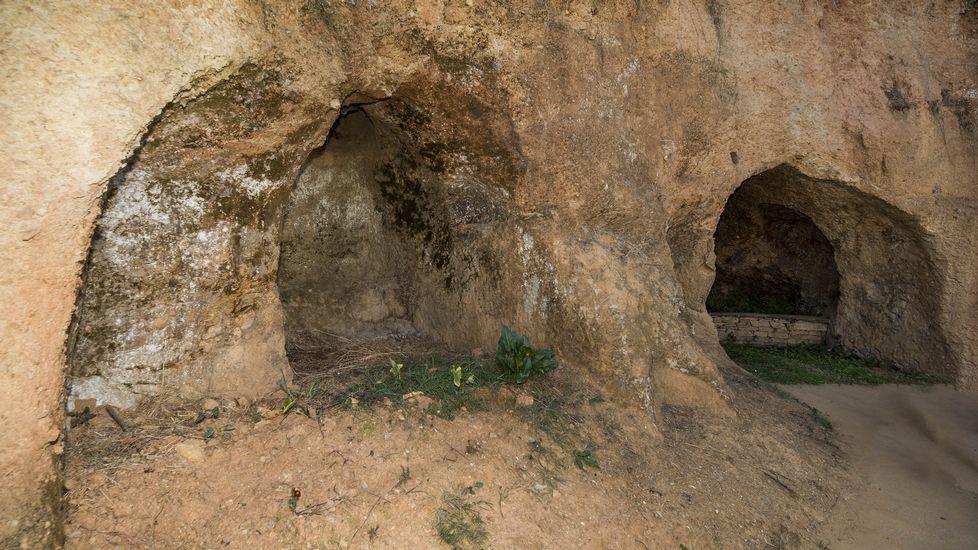Ruta de Peites. Interior de la Casa dos Mouros, una antigua mina romana