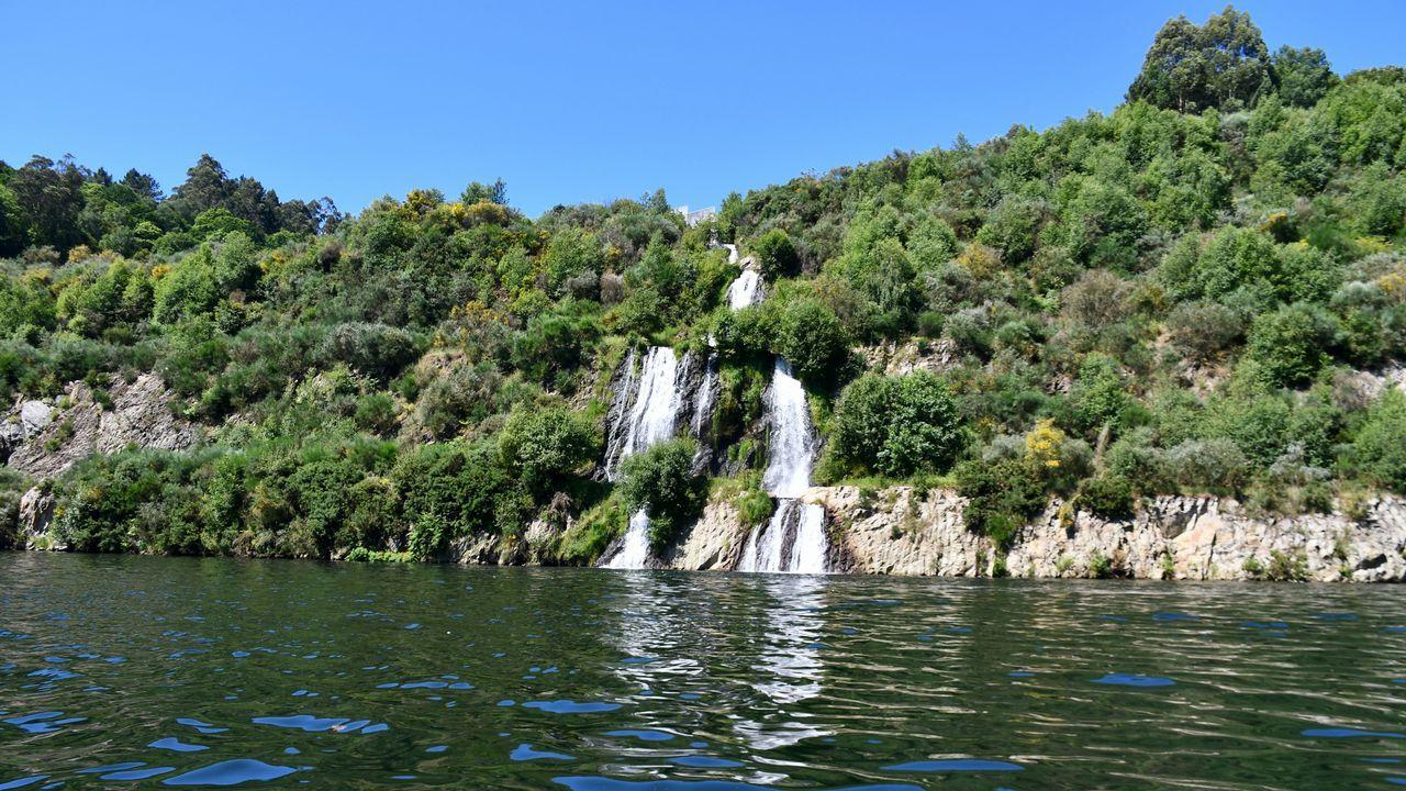 El lago azul de Cerceda, en imágenes: ¡mira el álbum!