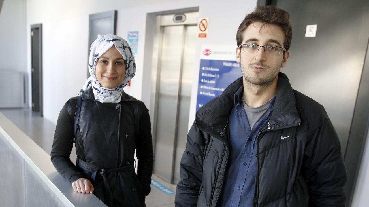 .En la imagen, Nursac y Burak, dos estudiantes turcos que estudiarán en el campus hasta finales de curso