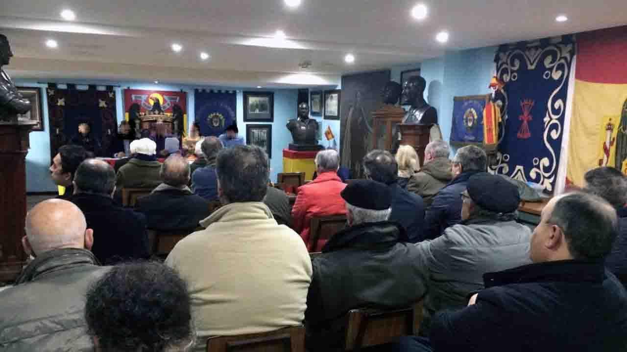 Asamblea de la Hermandad de Defensores de Oviedo