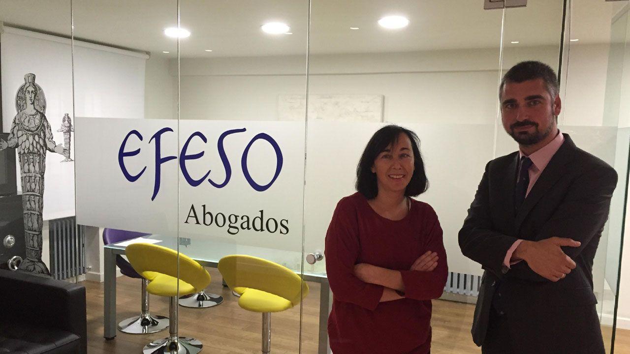 Los abogados Olga Blanco Rozada y Carlos Suárez Peinado