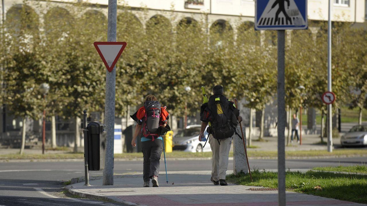 Un recorrido visual por la ruta del puente de Arco da Veiga.La plaza del ayuntamiento de Avilés