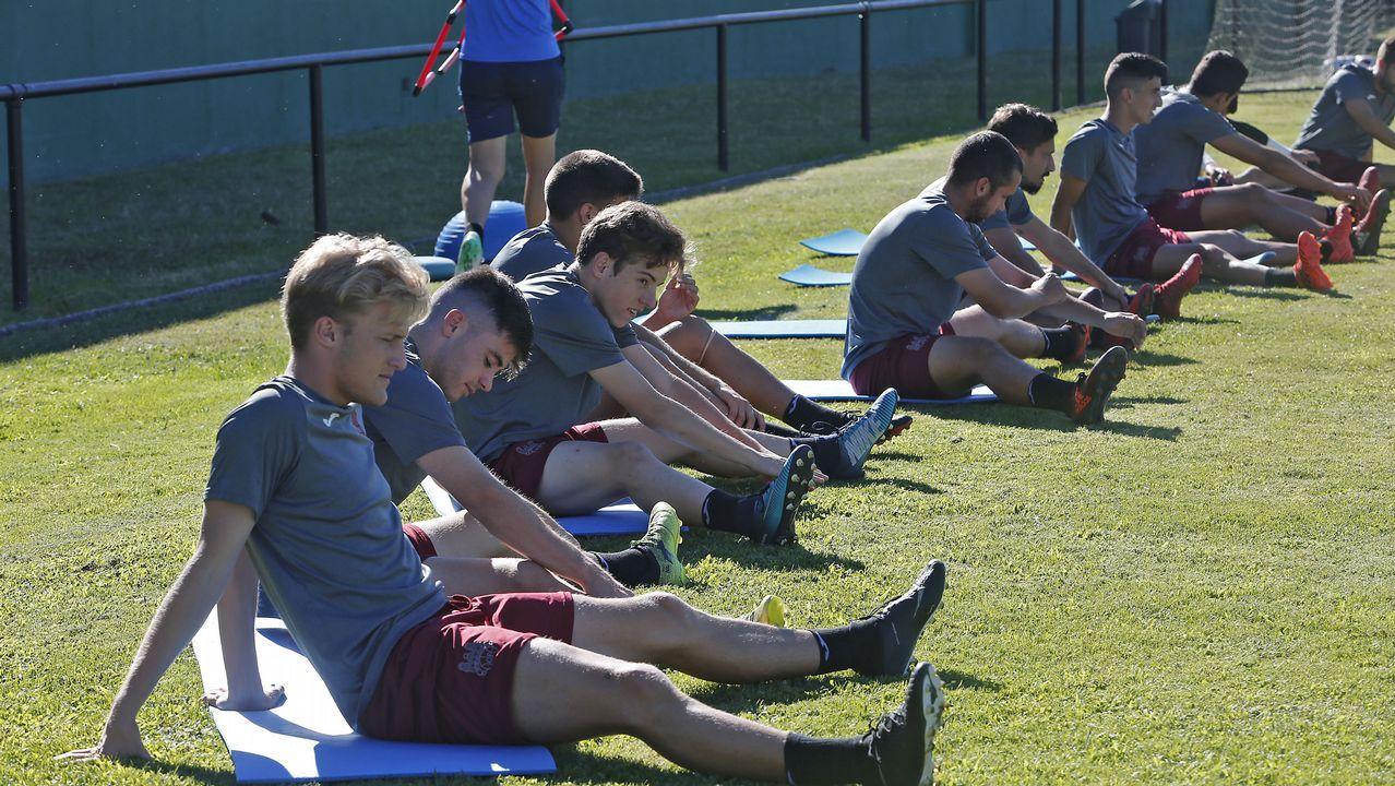 Javi Rozada Vetusta.Jugadores del Oviedo en un entrenamiento en el Carlos Tartiere