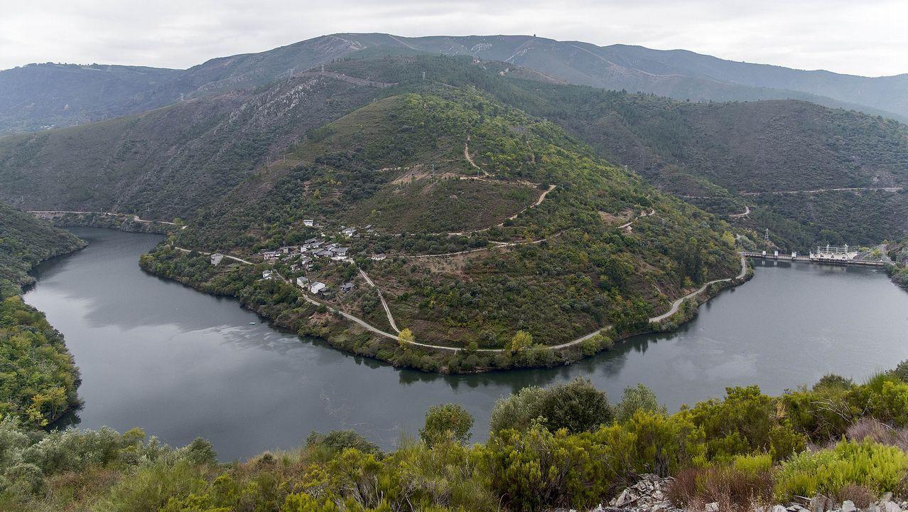 Una visita en imágenes a la aldea de Os Casares.Ruta didáctica ambiental por el Macizo Central de la provincia de Ourense