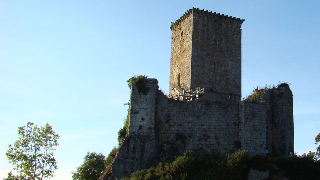Castillo deAndrade.