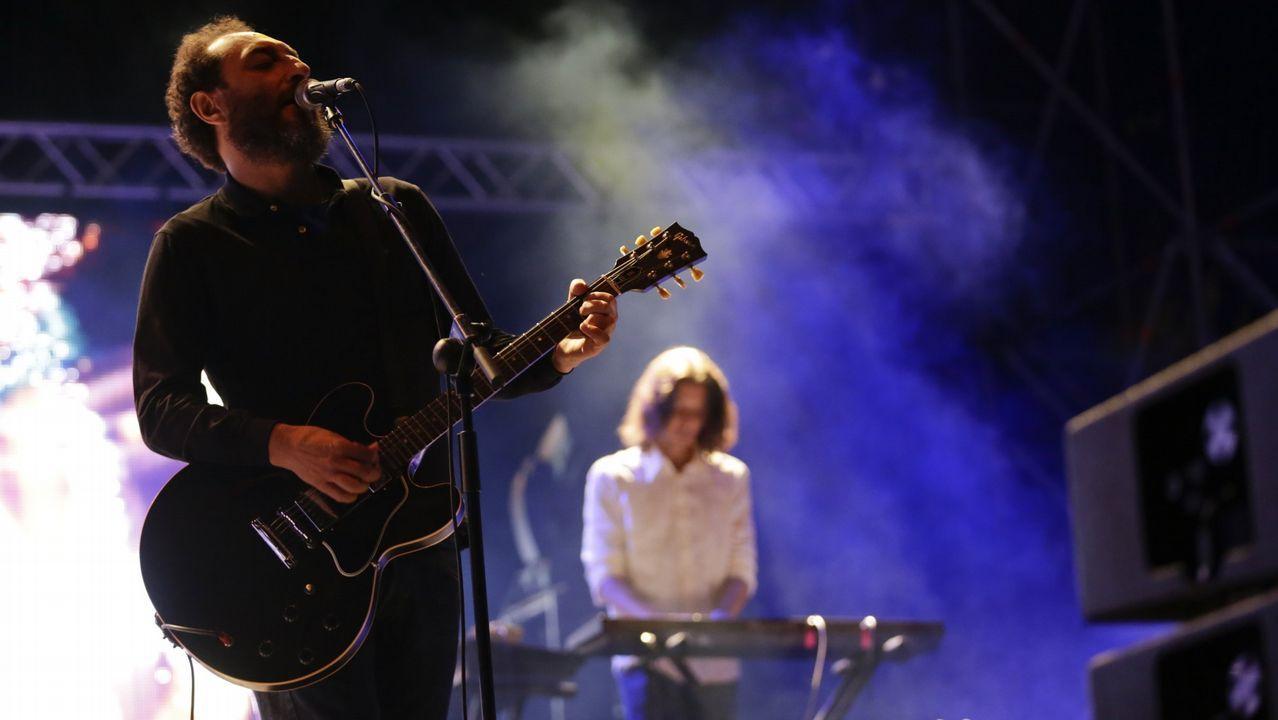Todas las imágenes del concierto de Rosalía en Santiago.LOS PLANETAS DURANTE UNA ACTUACIÓN EN EL NOROESTE POP ROCK EN EL 2015