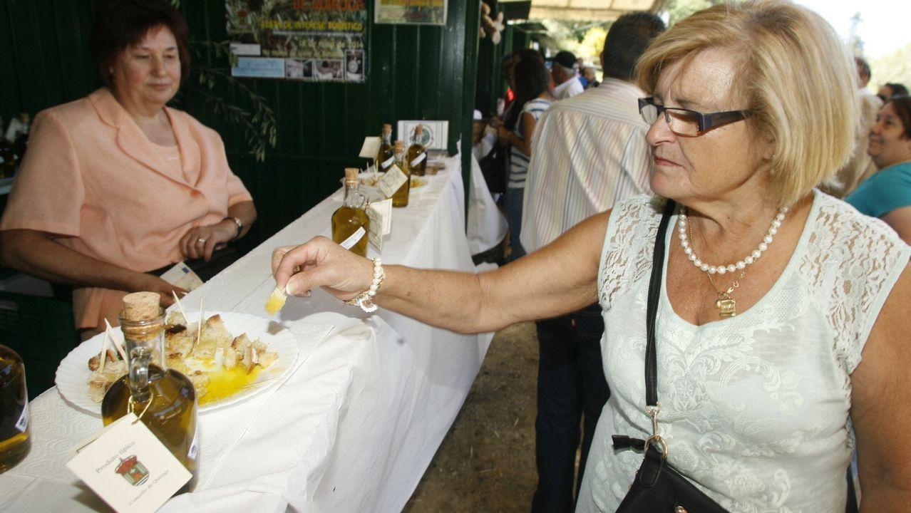 Degustación de aceite de Quiroga en la Mostra que se celebra en Bendilló