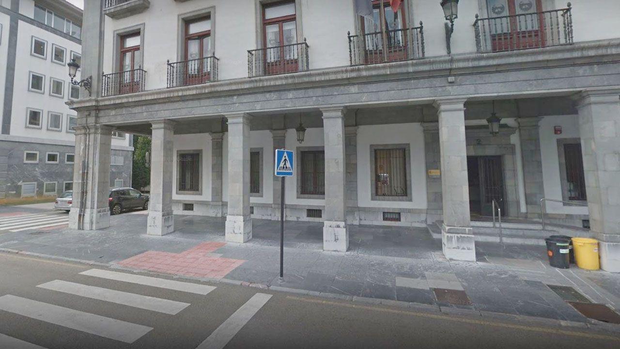 Sede de la Confederación Hidrográfica del Cantábrico (CHC), en la plaza de España (Oviedo)