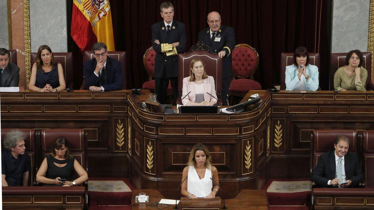 Ramón Espinar lanza un órdago a Iglesias y Montero.Sánchez, recibiendo a Iglesias antes de la reunión en la Moncloa