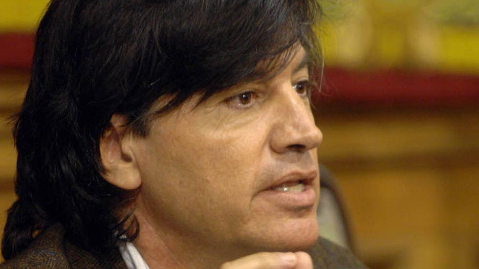jóvenes investigadores científicos asturianos.Carlos López-Otín