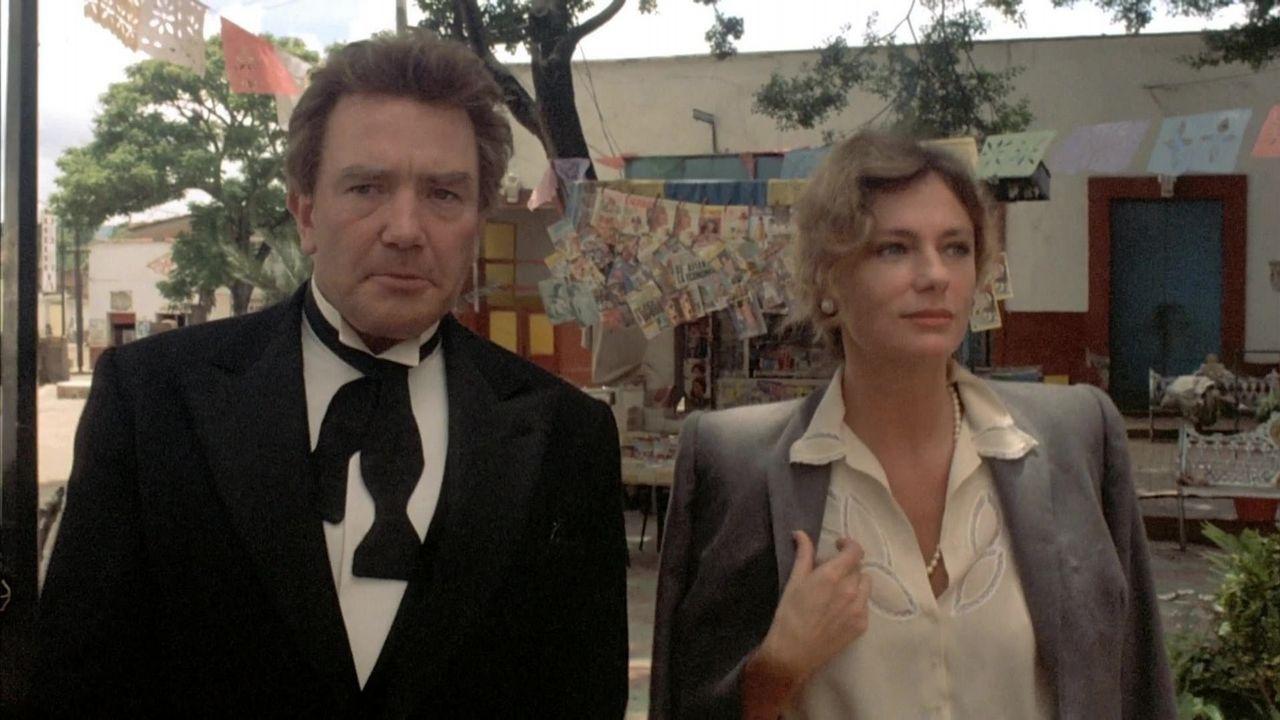 En «Bajo el volcán», la adaptación de John Huston de la novela de Malcom Lowry