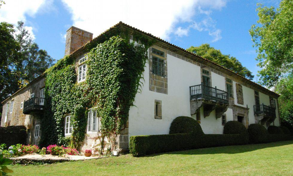 El pazo de Sergude está en la parroquia de Xornes, en el municipio de Ponteceso.