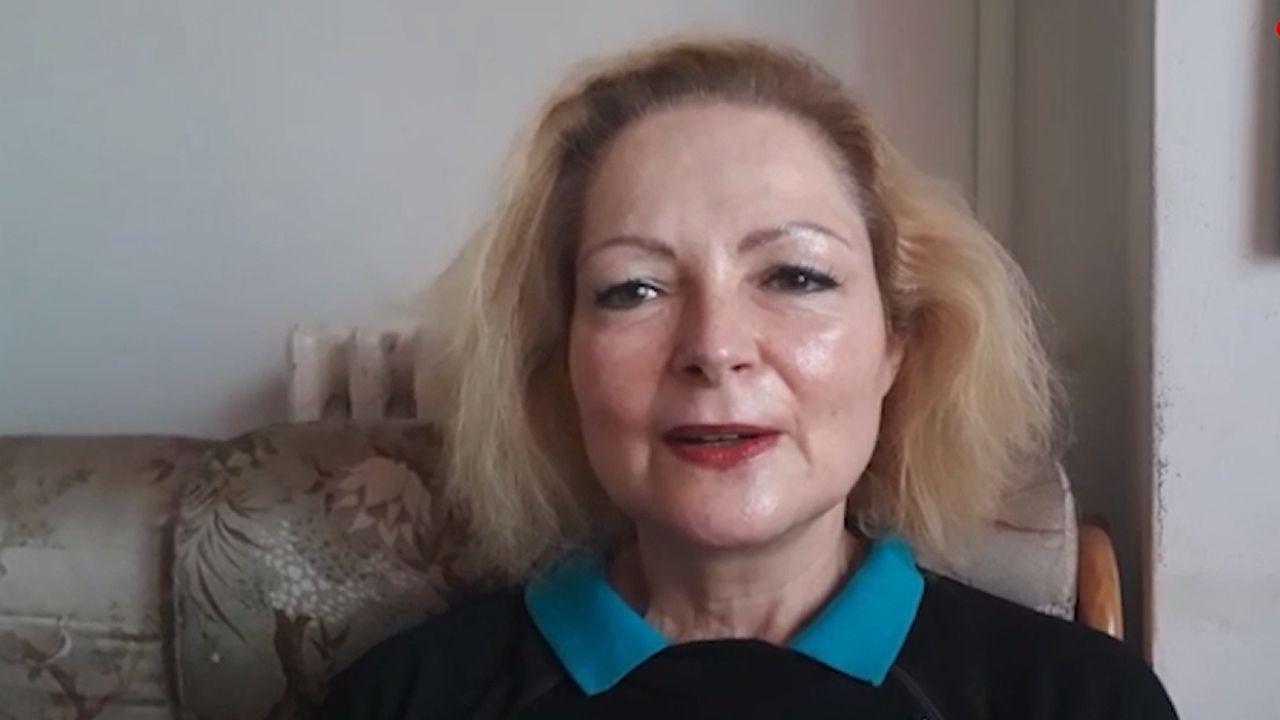 La jueza pitonisa de Lugo busca pareja en First Dates