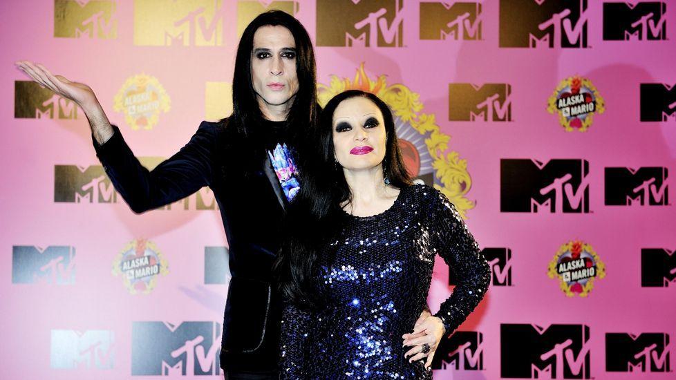 Taylor Swift y Nicki Minaj en los premios MTV.Franco de Vita hará un concierto basado únicamente en las canciones más exitosas de sus carrera.