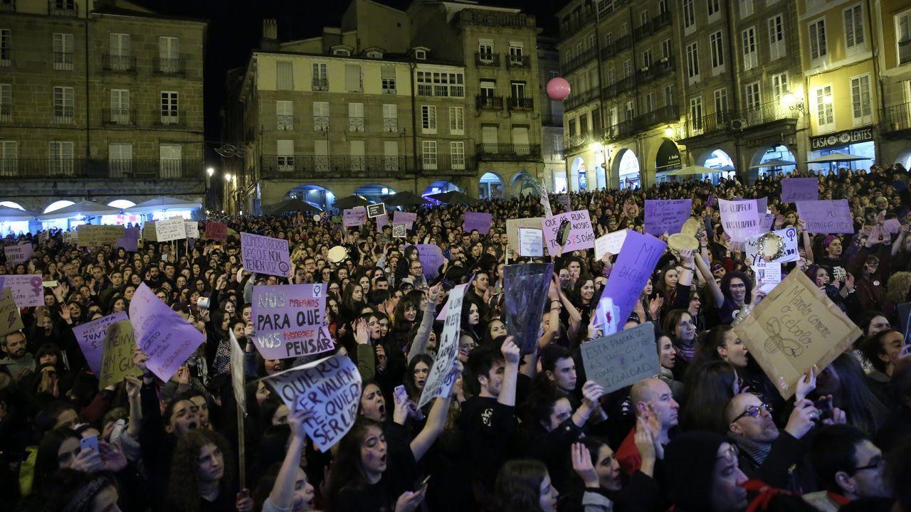 Las imágenes del 8M en Ourense.Celia Fernández Fernández, presidenta de Cruz Roja en el Principado de Asturias