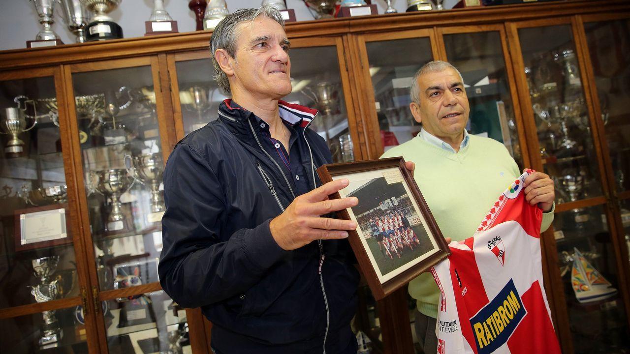 Kone Real Oviedo Alaves Carlos Tartiere.Anquela durante la entrevista