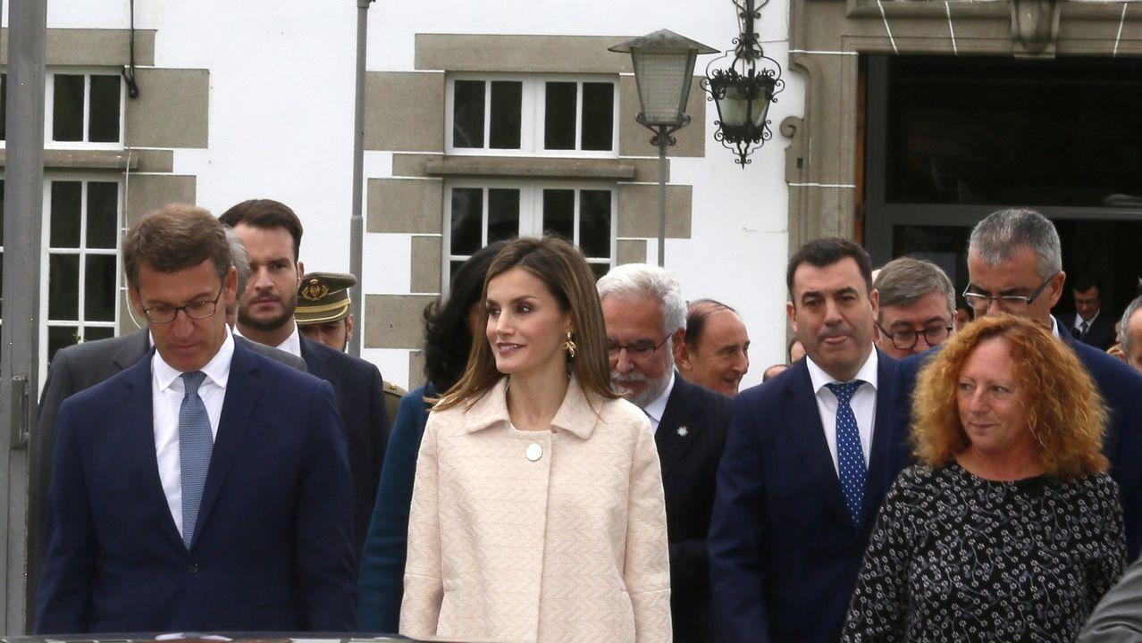 .El rey Felipe VI ha presidido hoy el acto de entrega de despachos a la última promoción de fiscales