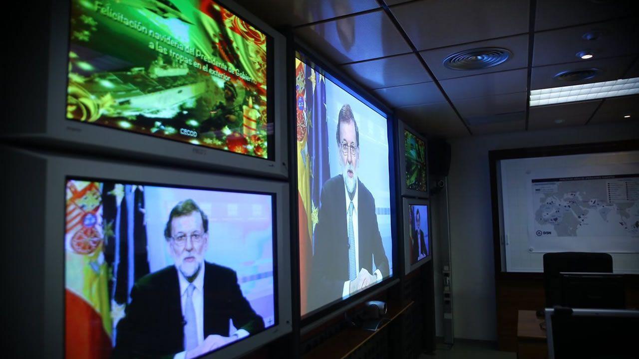 Rajoy a las tropas: «su historia, como la de España, es una historia de éxito»