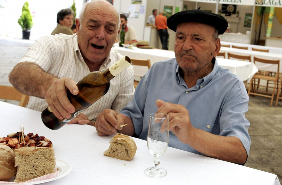 .Los amantes del vino podrán degustar en Meaño varias marcas a precios muy asequibles.