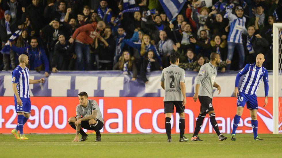 El Alavés-Deportivo de Copa, en fotos.Nino en su presentación con el Elche