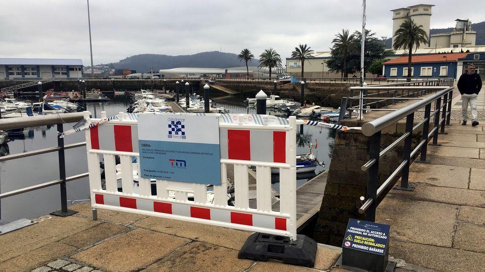 El buque hizo escala en la capital de la isla menorquina en la navegación de regreso a Ferrol