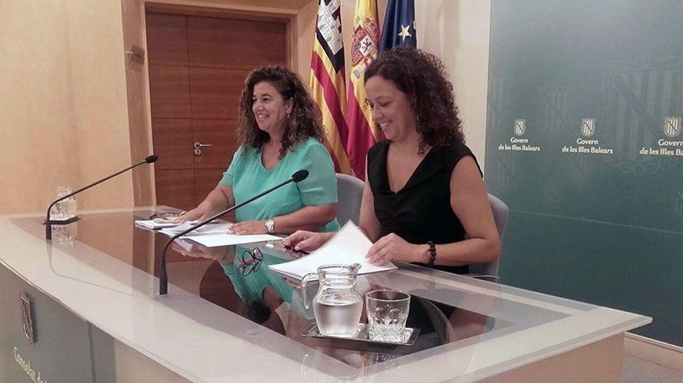 La consejera de Hacienda de Baleares, Catalina Cladera, a la derecha.La consejera de Hacienda de Baleares, Catalina Cladera, a la derecha