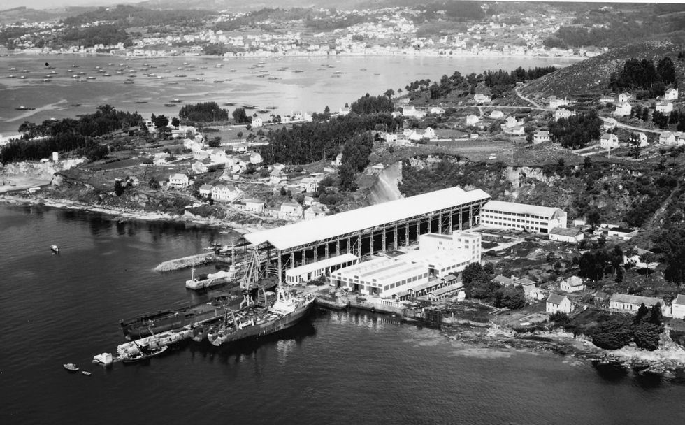 Choque frontal en la N-640.Estaleiro de Ascón no lugar do Latón en Meira, durante os anos sesenta.