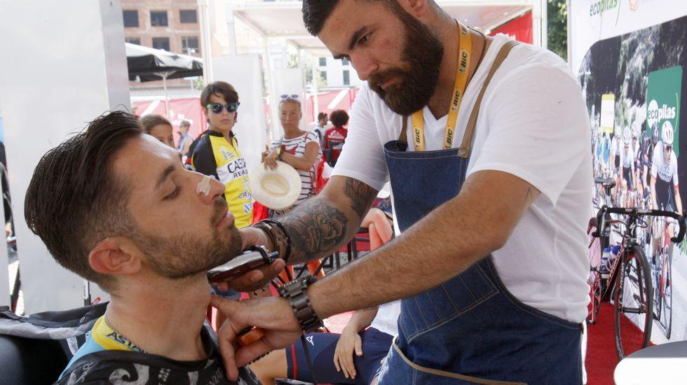 En la zona reservada los corredores podían, incluso, pasar por el barbero