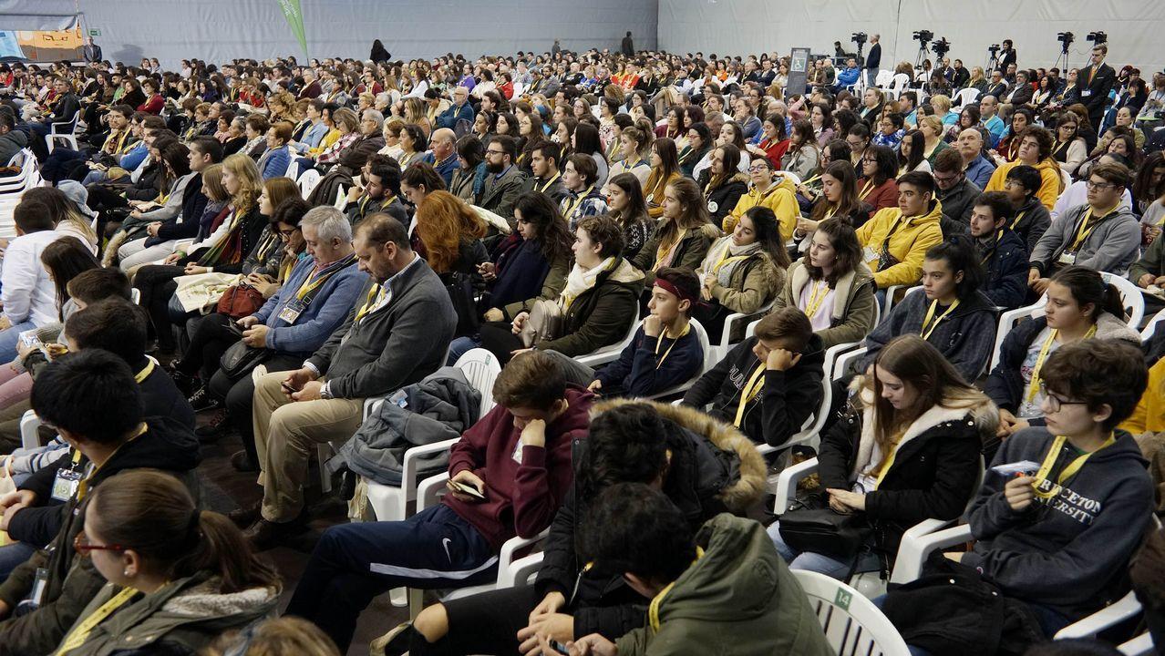 El congreso de voluntariado, en imágenes.Pacientes en el HUCA