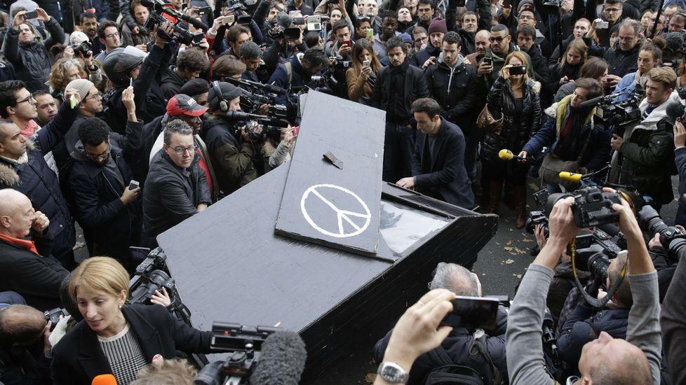 El «Imagine» de John Lennon a las puertas del Bataclan.
