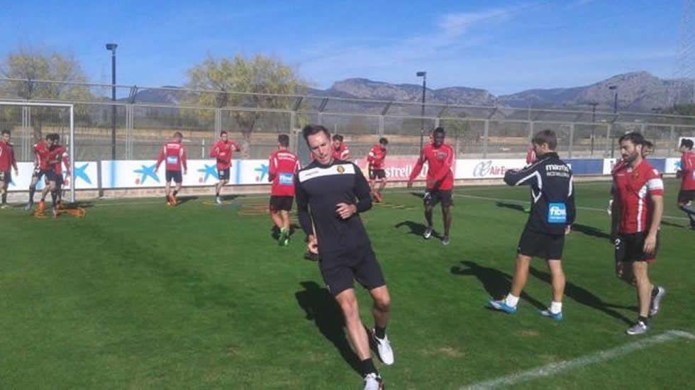 .Steve Nash entrena con el Mallorca